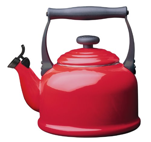 Le Creuset Cerise Traditional Whistle Kettle