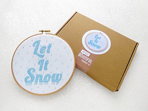 Let It Snow-Kit per ricamo, cerchio, DIY decorazioni natalizie Art, Kit cucito, Neve Ricamo Pattern, mindfulness, regalo per Crafter, mindfulness Art Kit, regalo per lei, regalo per moglie, Kit per adulti, Natale regalo per mamma, Secret Santa. - Grande Embroidery Hoop