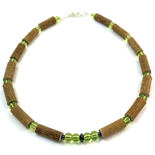 "Hazelaid (TM) Child Hazelwood-Gemstone Necklace - 11"" Green Peridot"