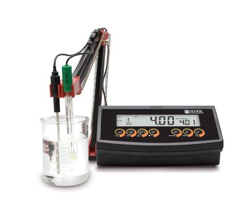 Hanna Instruments HI 2210 Benchtop pH Meter w/Temperature Compensation Meter