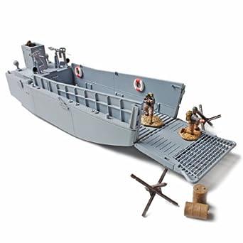 U S Landing Craft Lcm Forces Of Valor Amazon