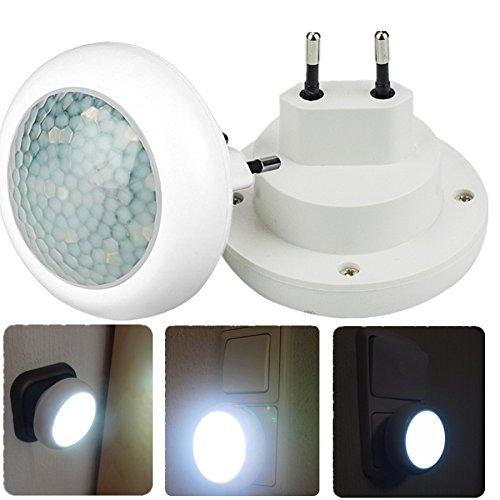 nachtlicht mit bewegungsmelder nachtlampe 220v 8 leds steckdose lampe 0 5w 2 st cke. Black Bedroom Furniture Sets. Home Design Ideas