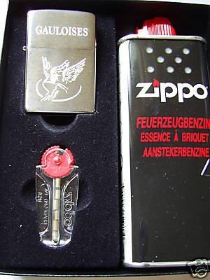 briquet-zippo-gauloises-grave-coffret-cadeau