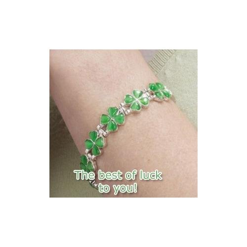 LUCKY BRACELET. 4 Leaf Clover Good Luck Charms with 6 Well Being Magnets