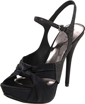 GUESS by Marciano Women's Carmo Sandal,Black,8.5 M US
