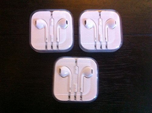 Apple Earpods With Remote And Mic Ack Of 3 Pack - Non-Retail Packaging (White3Pack)