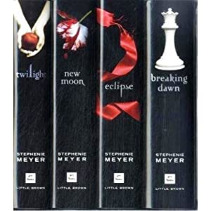 Twilight 4 Book Set - Twilight, New Moon, Eclipse & Breaking Dawn (Twilight Saga)