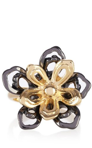 Cutwork flower statement ring