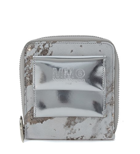 cartera-mm6-maison-margiela-en-piel-degradada-plata-y-blanco