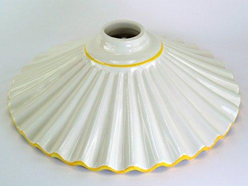 Ricambi vetri liberty per lampade,ricambio in ceramica bordato giallo,paralume per lampade vf7 Dimensioni: Altezza 9cm,diametro piatto 28cm,diametro esterno imboccatura 5cm