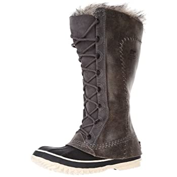 There's no reason to buy elegant winter boots if they're not also going to keep your feet warm. The main point of a winter boot, after all, is to have something cozier than your standard city boot. So Sorel crafted the Women's Cate the Great Boot wit...