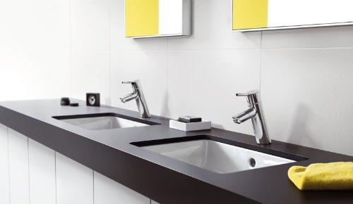 hansgrohe 32053000 waschtisch armatur talis 80 mit drehbarem auslauf und ablaufgarnitur chrom. Black Bedroom Furniture Sets. Home Design Ideas