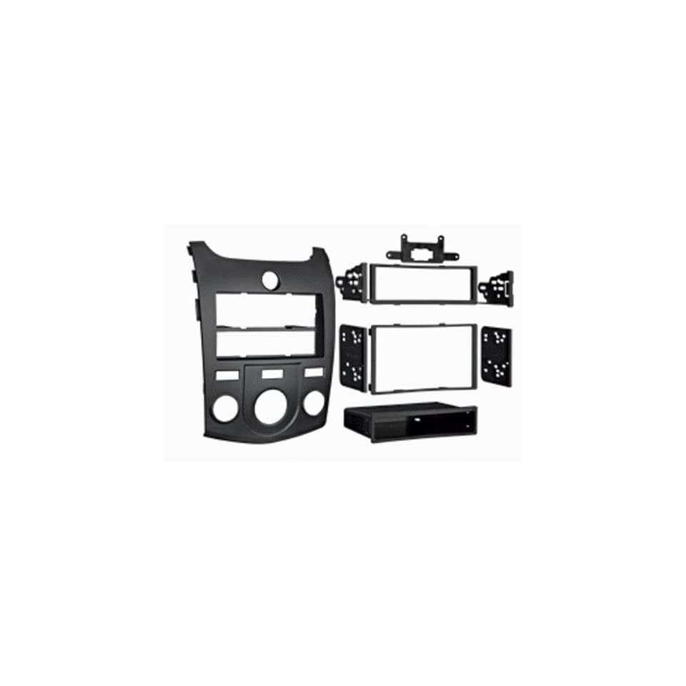 10 Up Kia Forte/Kia Forte Koup Single Din and Double Din Radio Installation Kit  Black