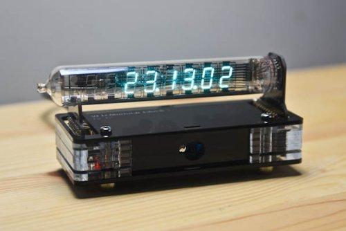 蛍光表示管モジュラー時計