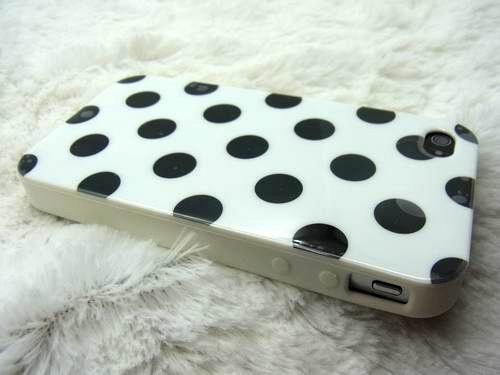 iphone-4-carcasa-lunares-telefoonhoesje-dimensionamiento