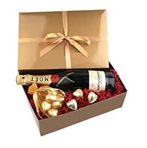 Smart Gift Solutions Moet Chandon Champagne and Chocolates in Gift Box NV 75 cl