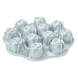 Amazon Com Nordic Ware Cast Aluminum Nonstick Muffin Pan