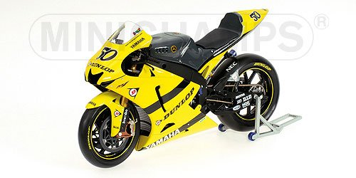 YAMAHA YZR M1 S. GUINTOLI TECH 3 YAMAHA TEAM Diecast Model Motorcycle in 1:12 Scale by Minichamps