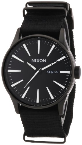 Nixon Herren-Armbanduhr XL Sentry Analog Quarz Nylon A0271148-00