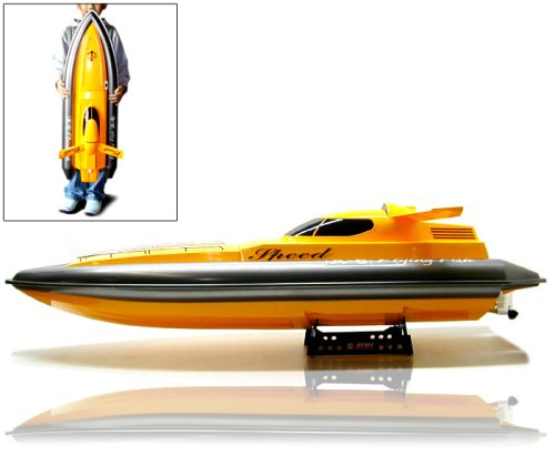 Gigantic Cyphelurus EP Racing RC Boat