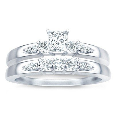 0.58 Carat Bridal Set Princess Cut Diamond on 14K White gold