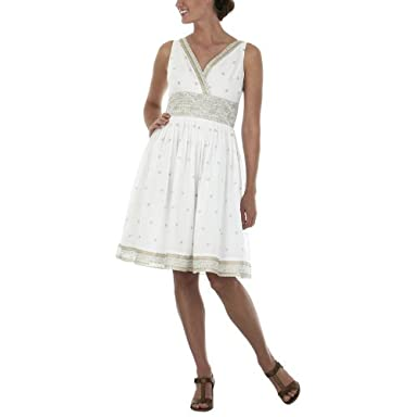 What Is the Summer Chic Dress Code? | eHow.com