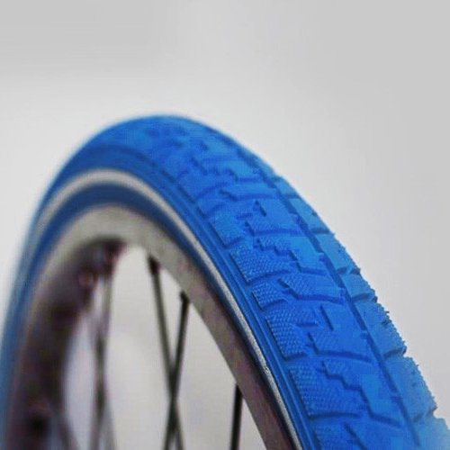 2-x-Blaue-Fahrradreifen-28-40-622-mit-Pannenschutz-Blau