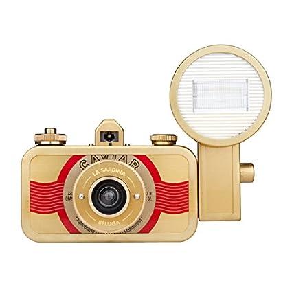Lomography-La-Sardina-and-Flash-Beluga-Camera