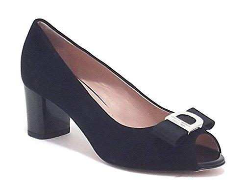 Donna Serena scarpe donna, modello 5974, decoltè spuntato in camoscio, colore nero, tacco medio