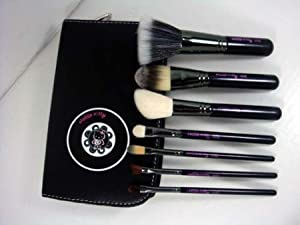 Click Here For Cheap Hello Kitty 7 Piece Salon Quality Makeup Brush Set Travel Size For Sale