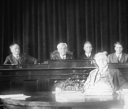 1920 photo Palmer at Packer hearing