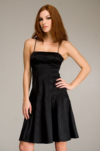 A Sexy and Elegant Black Evening Party Gown for Every Wonderful Moment in Your Life