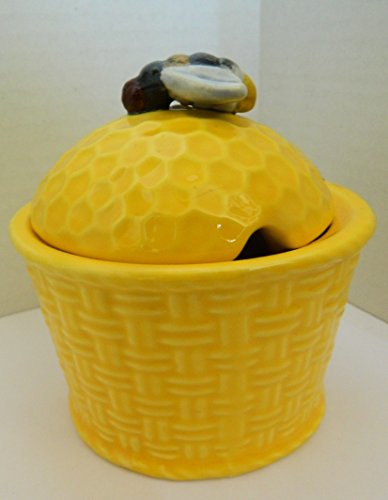 Jay Wilfred Yellow Honeycomb shaped Covered honey jar Bowl with bee lid (Honeycomb Shaped Jar compare prices)