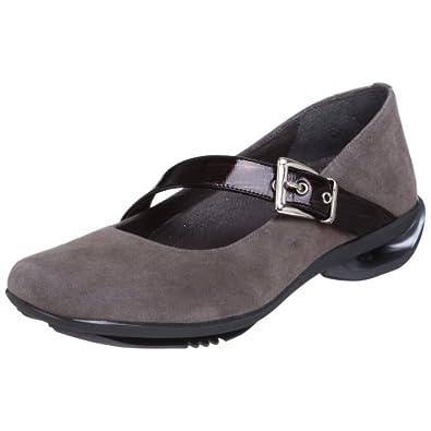 asgi soft suede mary jane shoes amazon com  asgi womens splendor mary jane