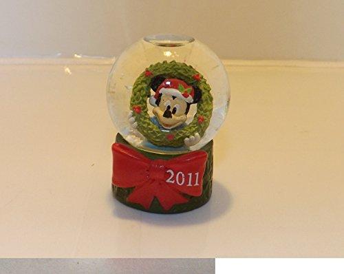 2011-jc-penney-mickey-mouse-christmas-snowglobe