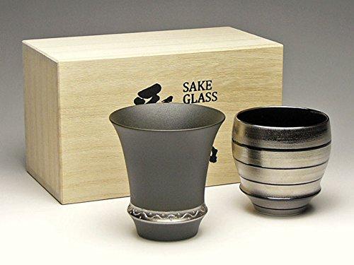 有田焼 匠の蔵 日本酒グラス(ぐい呑み)!いぶし銀(反・淡麗)&銀独楽(丸・濃醇) SAKE GLASS セット 木箱付