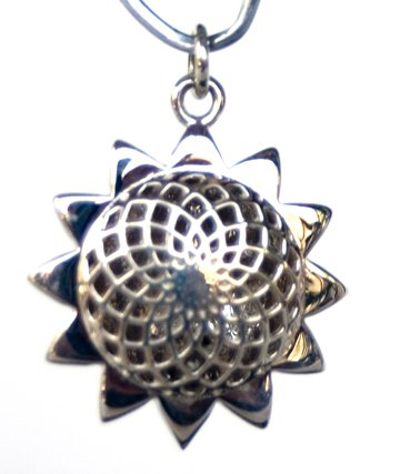 Sterling Sliver Sunflower Aroma Locket 20 mm with 10 refill pads