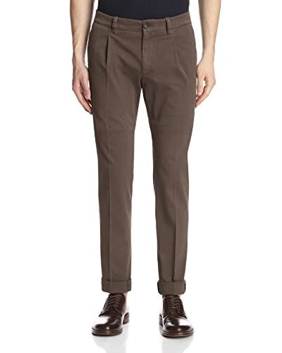 Brunello Cucinelli Men's Extra-Slim Chinos