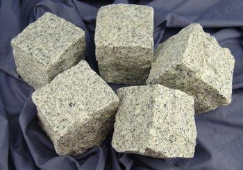 granit-pflastersteine-kopfstein-naturstein-8-11-grau