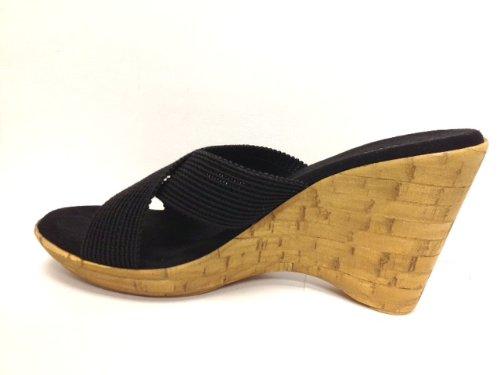 Damiani's 2347S1 Black Wedge Sandal