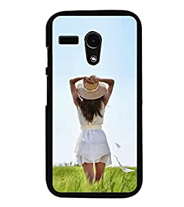 iFasho Girl waiting Back Case Cover for Moto G