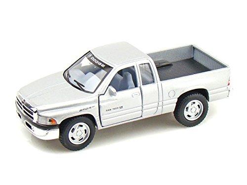 Dodge Ram Pickup 1/44 Silver