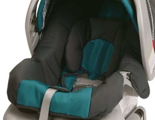 Graco SnugRide Classic Connect 30 Infant Car Seat, Dragonfly
