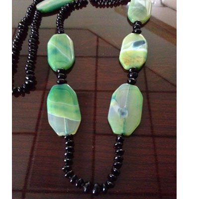 Green Natural Pattern Agate and Black Onyx Beaded Necklace 36