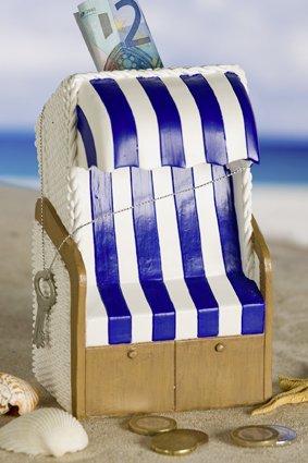 hochzeits geschenke spardose strandkorb urlaubskasse. Black Bedroom Furniture Sets. Home Design Ideas