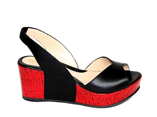 Fendi-Sandales-pour-femme