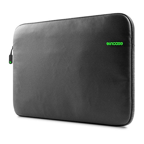 incase-macbook-pro-15-retina-city-sleeve-black