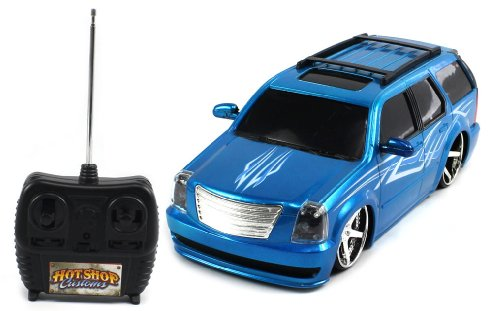 Lowered Electric Full Function 1:18 Hot Shop Customs Cadillac Escalade Rtr Rc Truck (Colors May Vary)