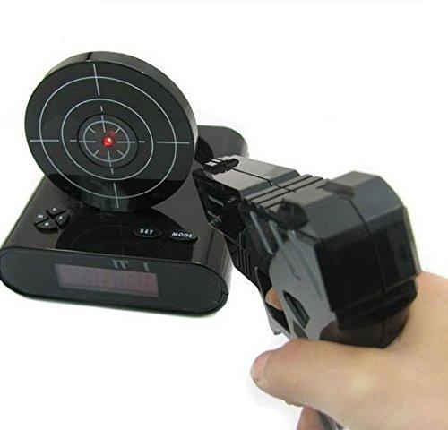 アラームを止めるために撃って撃って撃ちまくれ!! シューティング型 目覚まし時計 早起きマック アラーム録音機能 搭載 お寝坊さんへのプレゼントに (ブラック)