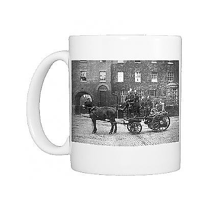 Photo Mug of LCC-MFB horse-drawn steamer at Southwark (Horse Drawn Steamer compare prices)